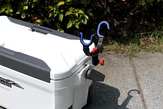シマノ、スペーザベイシスにクーラーボックス竿掛けSPを装着してみた!