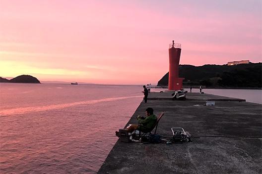 加太漁港 日暮れ