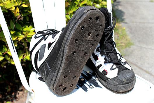 釣り用の磯靴選び、オールマイティーに使えるフェルトスパイク買ってみた。