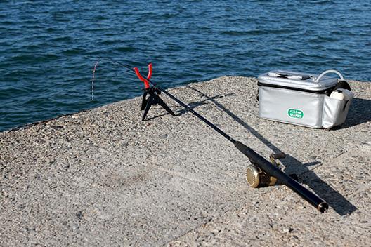 宇崎日新の筏用チヌ竿、黒武士のインプレ。ヘチ釣り、ズボ釣りにも!